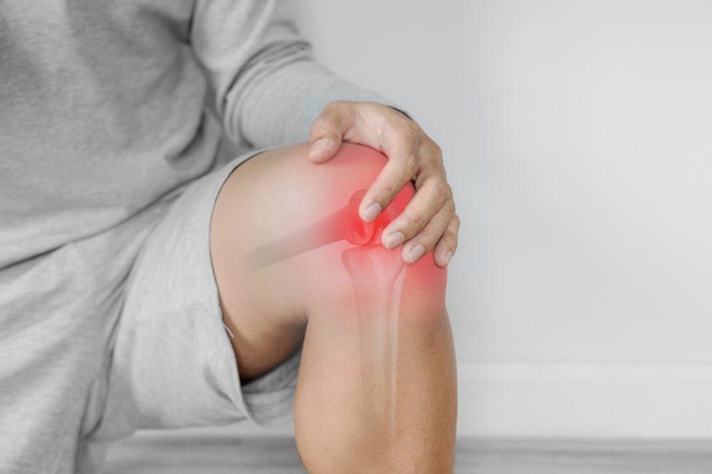 knee pain before mosaicplasty